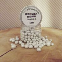 Artful Days Pearl Art Balls ~ White