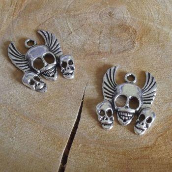 Silver Skull Trio Charms (C044)