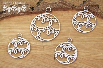 Tatting Christmas- Small Baubles (4852)