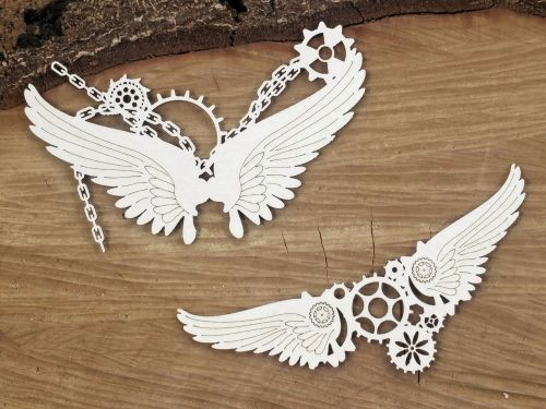 Steampunk Flying Hearts - Small Chained Wings (4759)