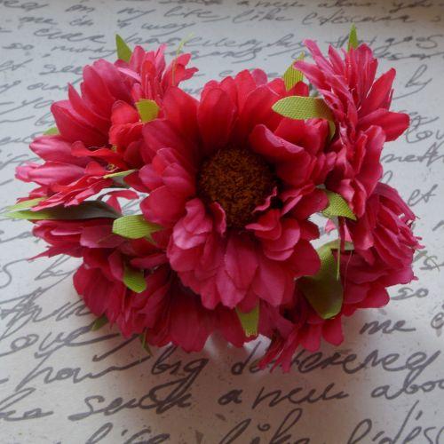 Gebera Daisy Fabric Flowers - Fuschia (F6035)