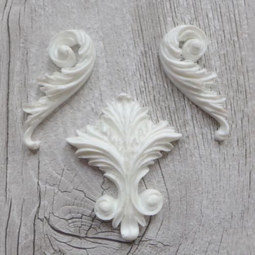 White Resin Flourishes Set (R7013)