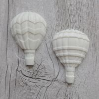White Resin Hot Air Balloons (R7019)