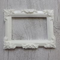 White Resin Large Rectangle Frame (R7020)
