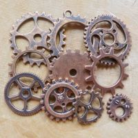Steampunk Cogs & Gear Charms - Antique Copper (C104)