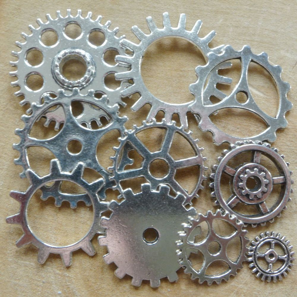 Steampunk Cogs & Gears Charms - Silver (C107)