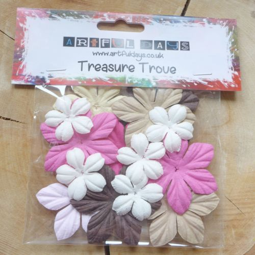 Paper Flowers Assorted Pinks/Naturals (F6049)