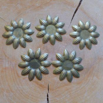Daisy Metal Flowers (C114)
