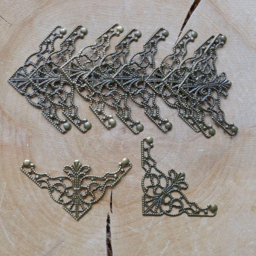 Bronze Filigree Corners (C134)