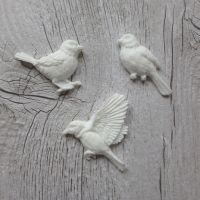 White Resin Bird Trio (R7035)