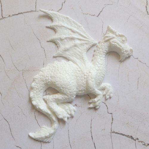 White Resin Dragon - (R7038)
