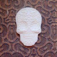White Resin Skull (R7041)