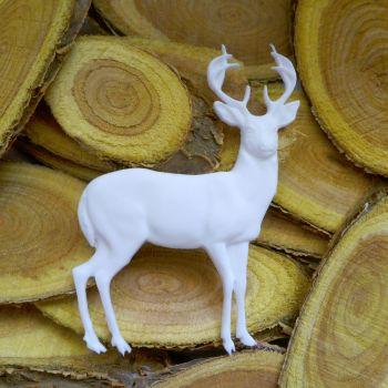 White Resin Reindeer (R7047)