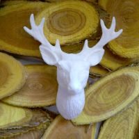 White Resin Deer Head (R7048)