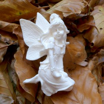 White Resin Fairy (R7040)