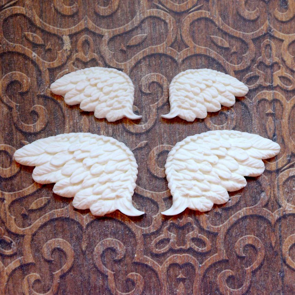 White Resin Wing Set (R7054)