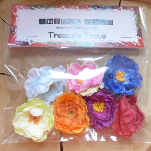Large Fabric Flowers (F6008)