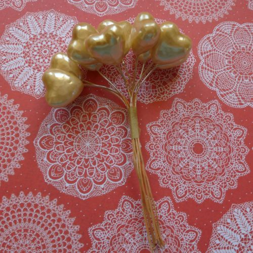 Pack of 10 Stem Hearts - Gold