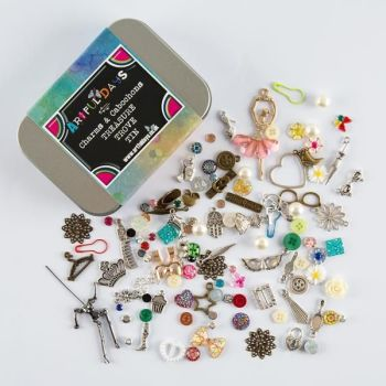 Artful Days Treasure Trove Charm & Cabochon Tin