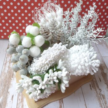 Stems & Stamens Pack - Winter Whites
