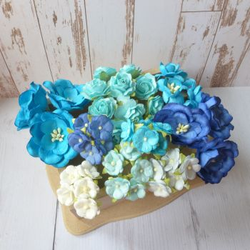 Artful Days Boxed Flowers - Colour Blend Blues