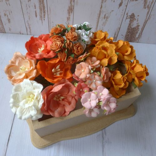Artful Days Boxed Flowers - Colour Blend Orange