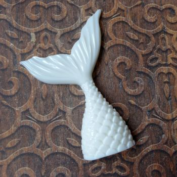 White Resin Mermaids Tail (R7003)