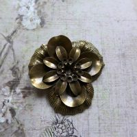 Large Bronze Metal Flower (C037)