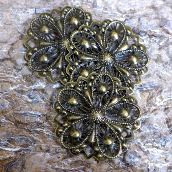 Bronze Metal Filigree Flowers (C111)