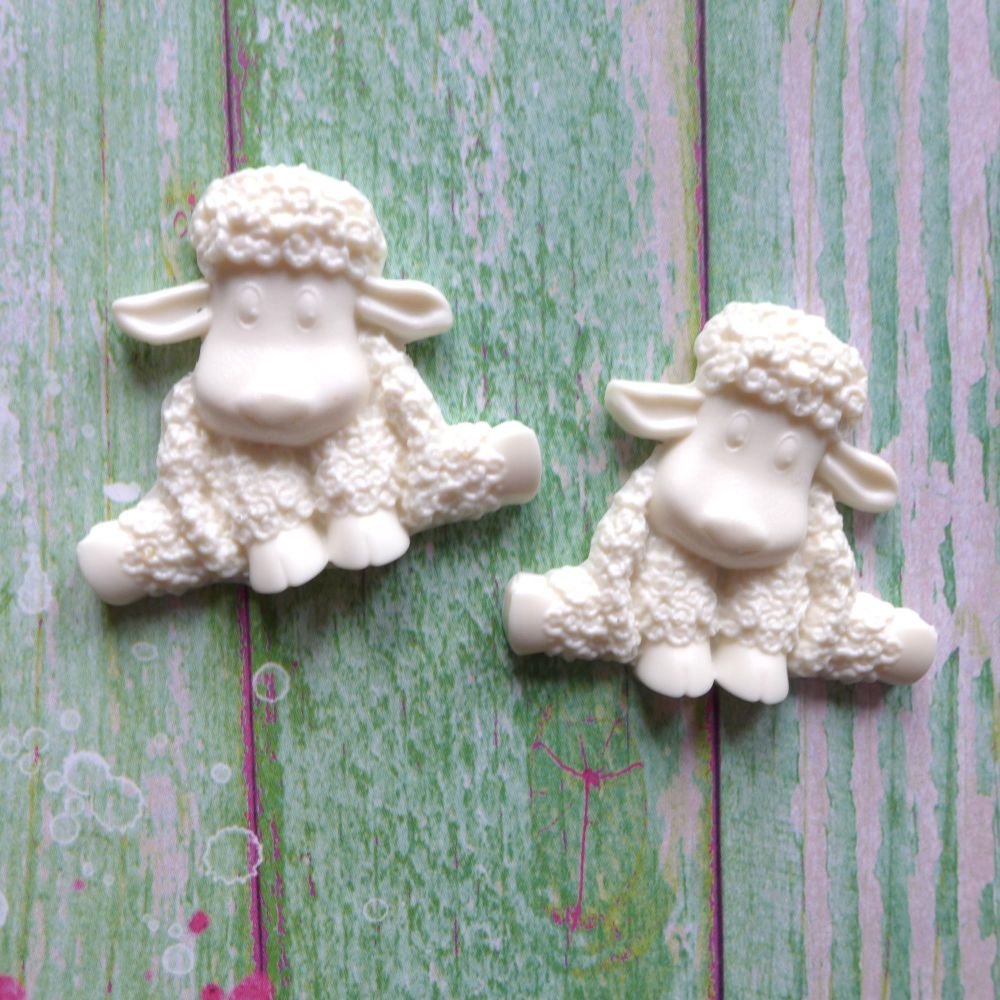 White Resin Spring Lambs (R7044)
