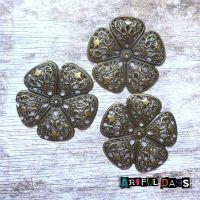 5 Petal Bronze Filigree Flowers (C054)