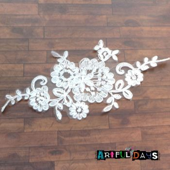 Lace Applique Flower Motif - White 01
