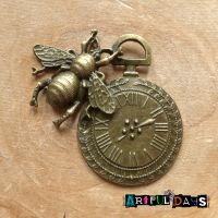 Bronze Bee Clock (C119)