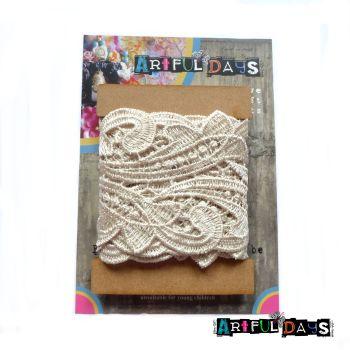 Luxury Trims ~ Crochet Lace Vintage Cream 1 Meter
