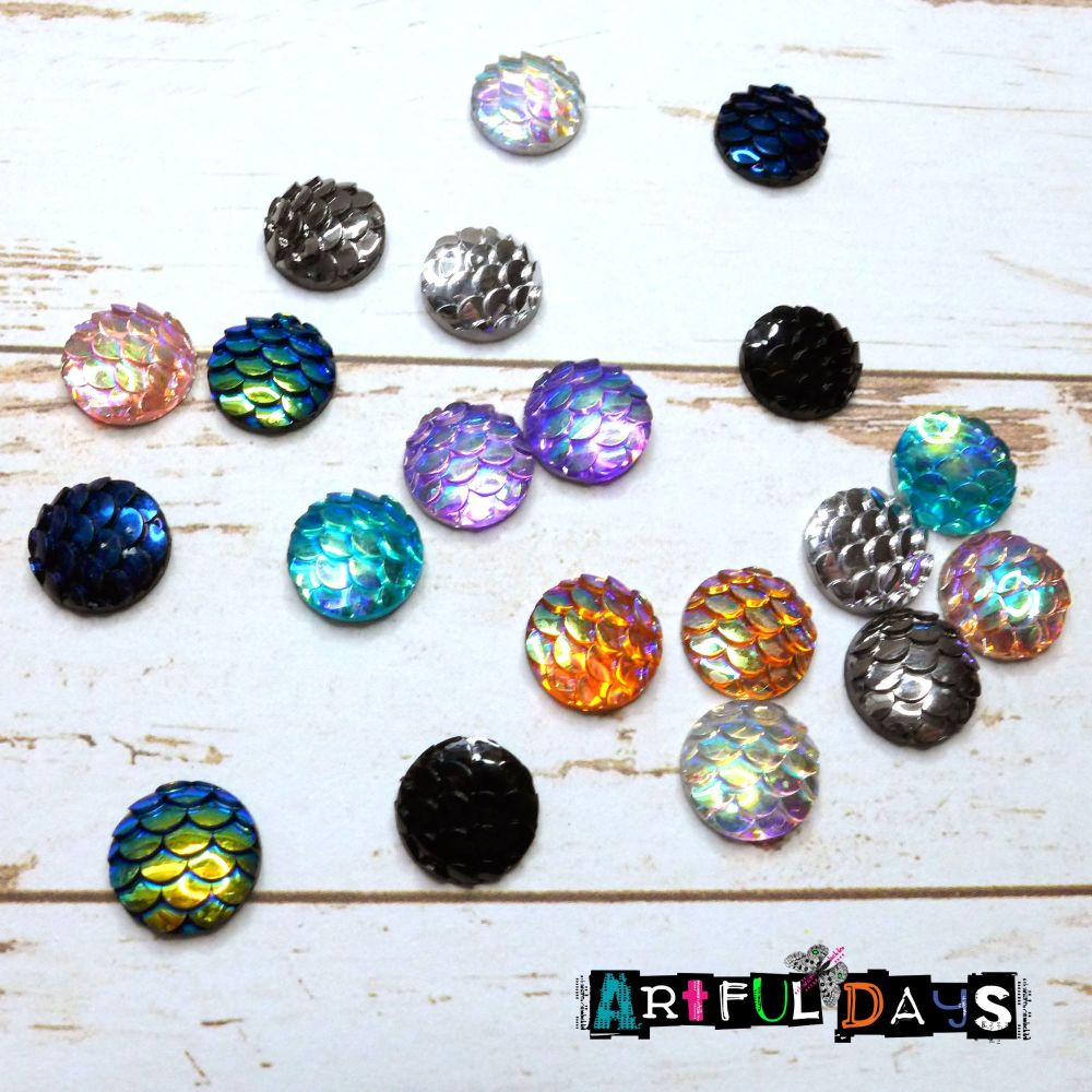 Metallic Scale Cabochons (CA3029)