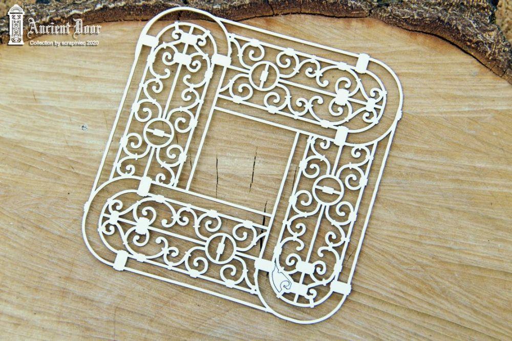Ancient Door Openwork 05 (5689)