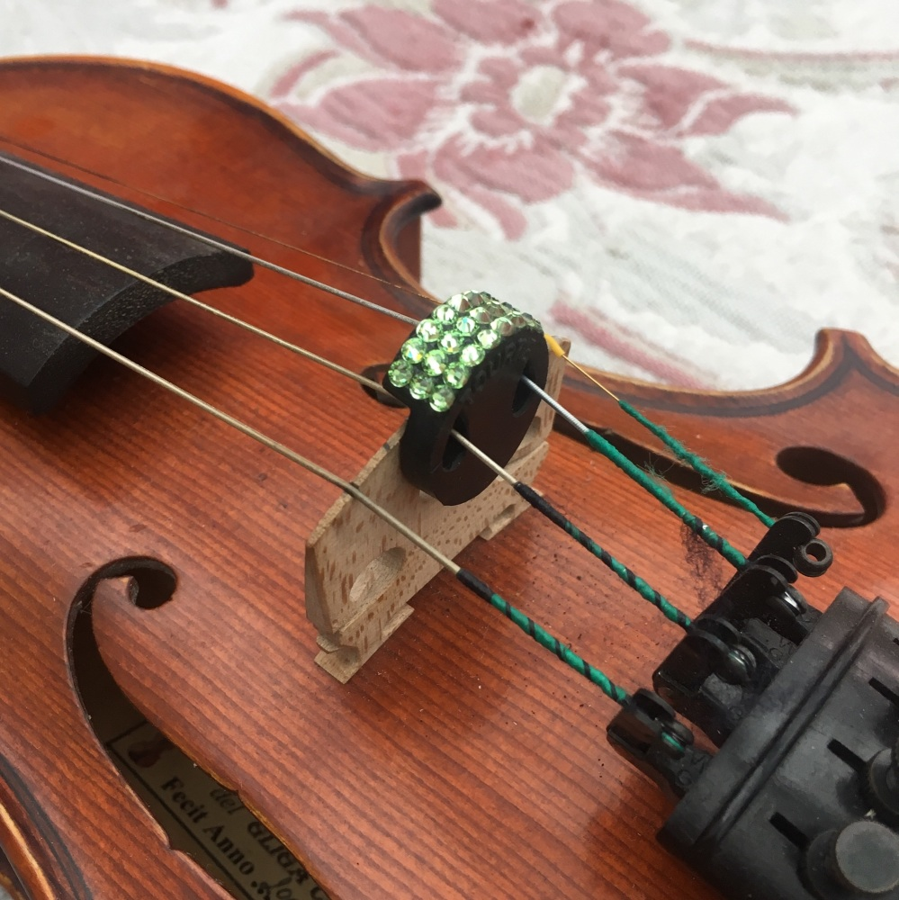 Violin Mute - Peridot (214)