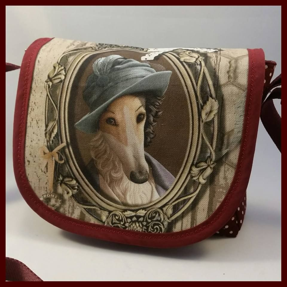 Lady Hound Mini Messenger Bag
