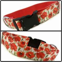 "1.5"" Poppies Webbing Backed Clip Dog Collar"