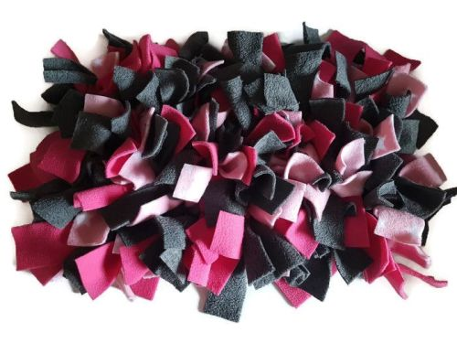 Grey, Cerise and Pink Stars Mini Fleecy Forage Treat Mat
