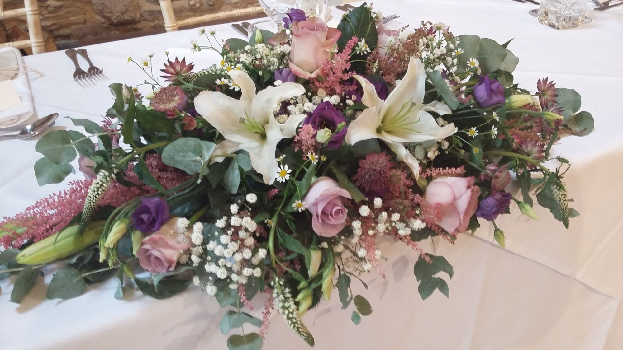 Top table flowers wedding