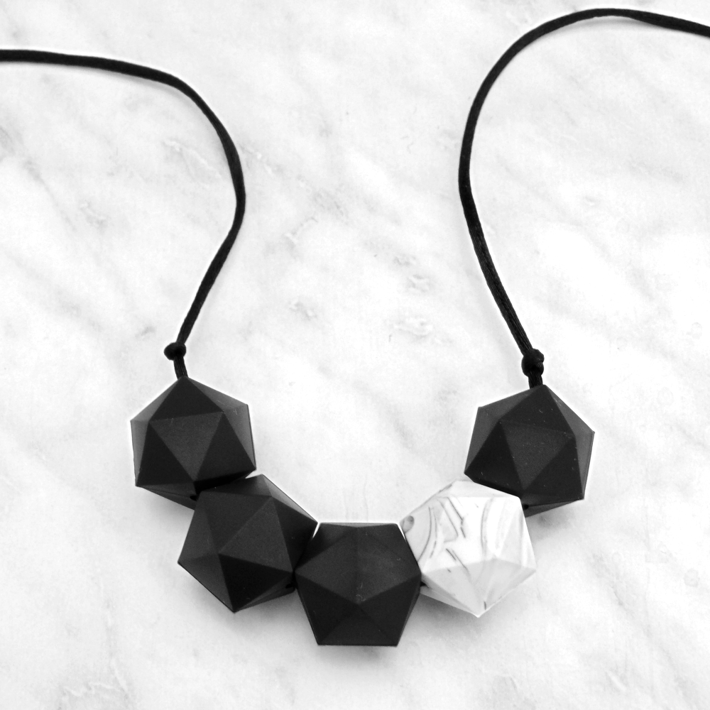 Bella Teething Necklace in Northern Star