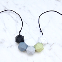 Bella Teething Necklace with Soft Green