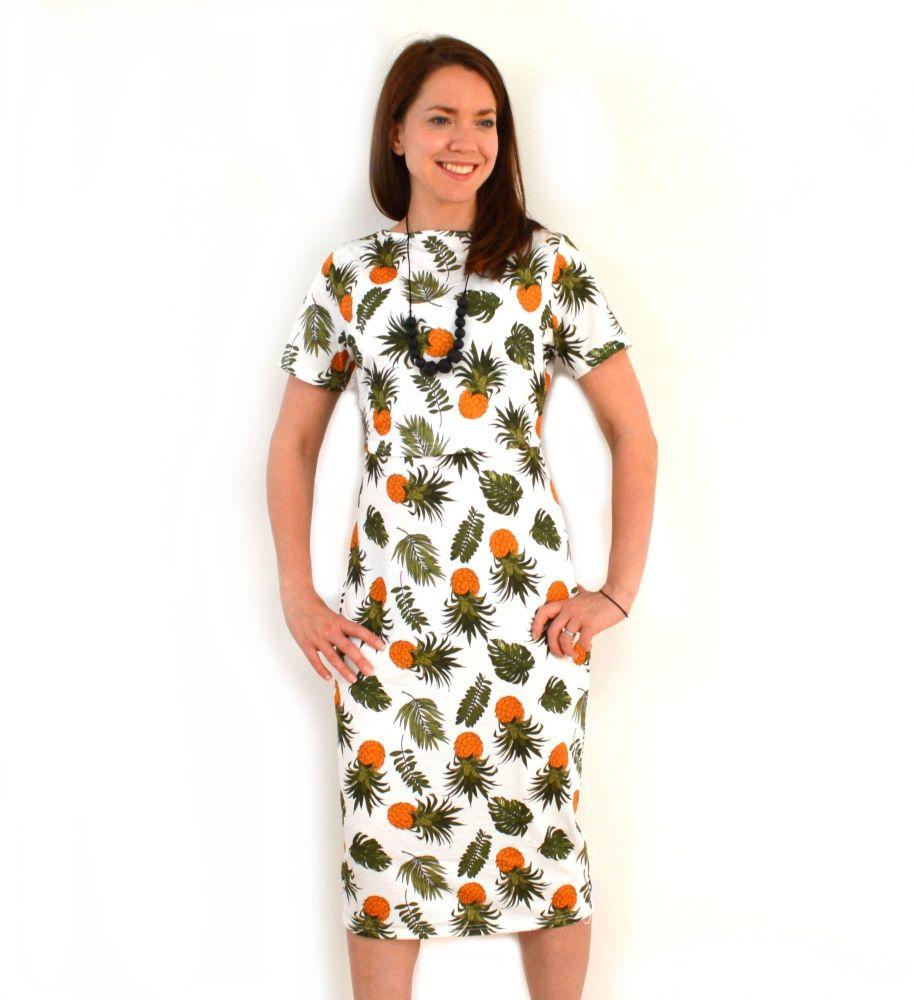 <!-- 104 -->Midi Breastfeeding Dress Retro Pineapple