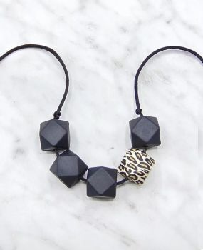 Lou Lou Teething Necklace in Black Leopard
