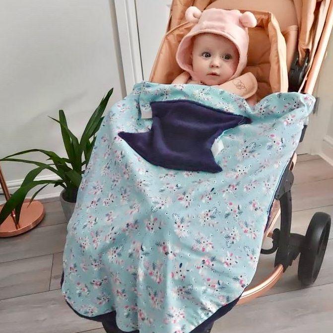 <!-- 070 --> Baby Travel Blanket in Botanical Bloom