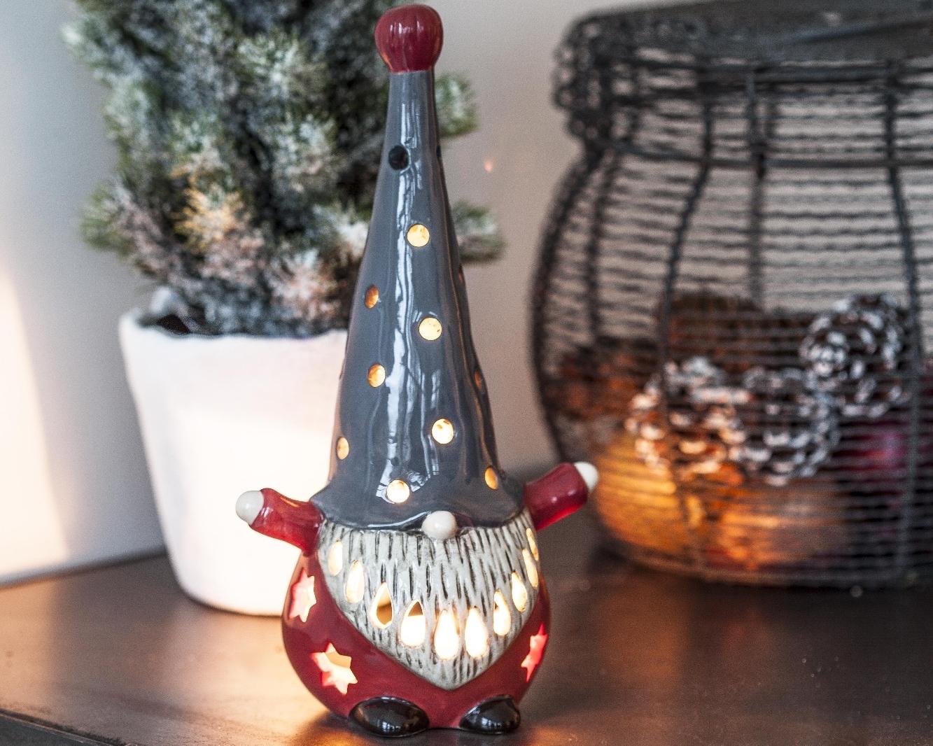 Nu00e4u00e4sgru00e4nsgu00e5rden Naasgransgarden Lantern Lifestyle