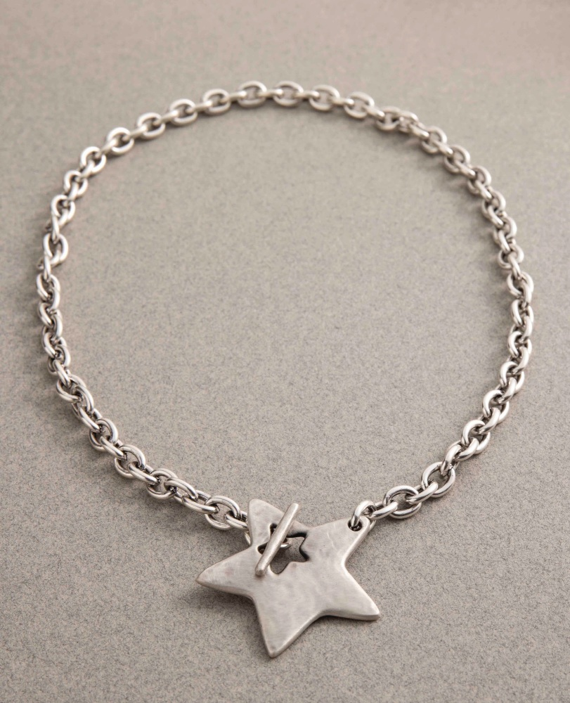 Danon Star T-bar Necklace