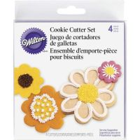 Wilton 4 Piece Blossom Flower Nesting Metal Biscuit Cutter Set