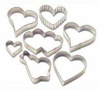 Wilton 7 Piece Hearts Metal Biscuit Cutter Set